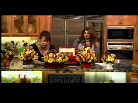 Sweet Holiday Gifts with Edible Arrangements