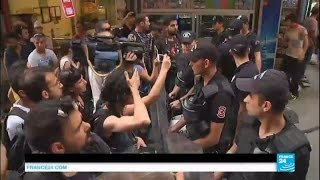 Turkey: riot police break up gay pride rally in Istanbul, using teargas and force