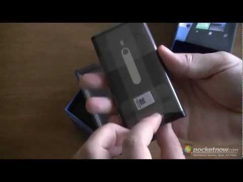 Nokia Lumia 800 Unboxing | Pocketnow