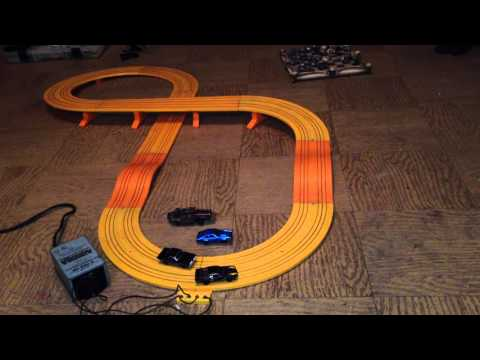 Aurora Sand Van slot car track in action – tyco afx
