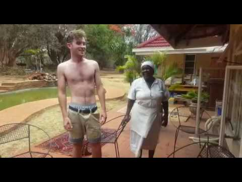 White Zimbabwean singing Shona music