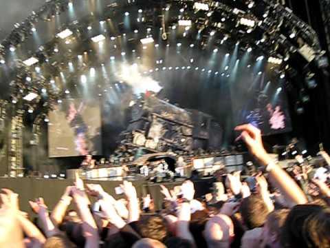 Intro + Rock N' Roll Train   AC/DC @ Download Festival 2010