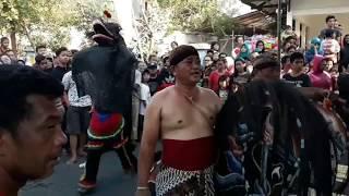 Download Video JARANAN JAWA MITRO TARUNO KEPATIHAN - TULUNGAGUNG, TARI AMPAK AMPAK SINGO BARONG  22092018 MP3 3GP MP4