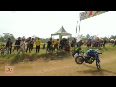Motor Cross Kecelakaan  Grasstrack Enduro Race Ban