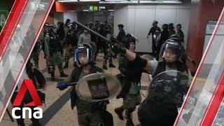 Hong Kong police storm Mong Kok MTR station