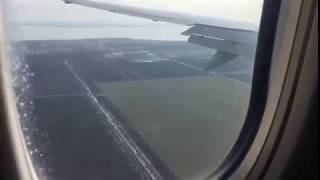 Опасная посадка при сильном ветре Boing 737 авиакомпания S7 в Краснодаре