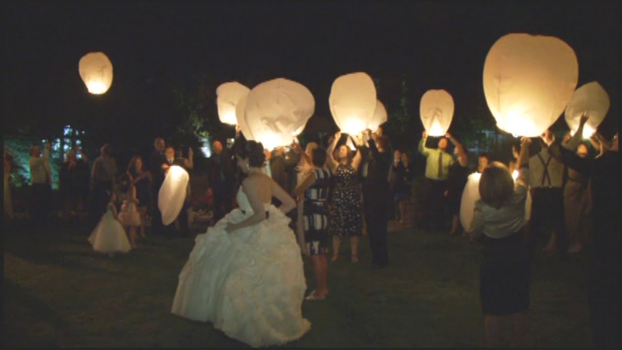 Vanessa & Ken\'s Wish Lanterns | Flying Lantern Wedding Ceremony ...