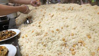 1 Günde 4,5 Ton Bedava Pilav Dağıtan Pilavcı