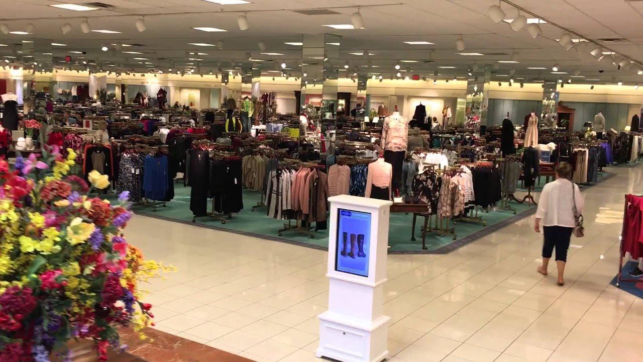 26b5da46248 Von Maur - Valley West Mall - West Des Moines, Iowa - YouTube