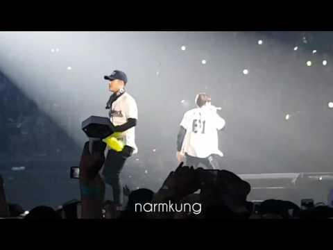[Fancam] 160910 Kyungsoo Chanyeol Baekhyun - Lucky One @ EXO'rDIUM in Bangkok