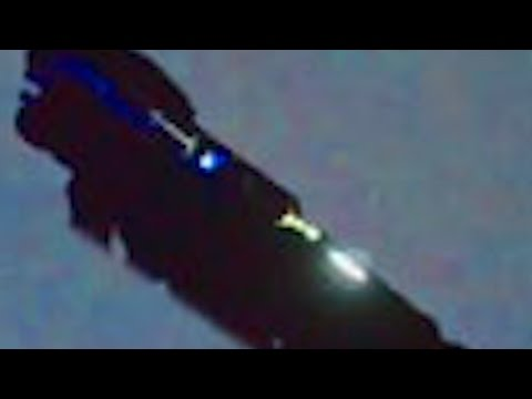 WOW!! UFO Sightings Aircraft Carrier Sized MOTHERSHIP Oregon