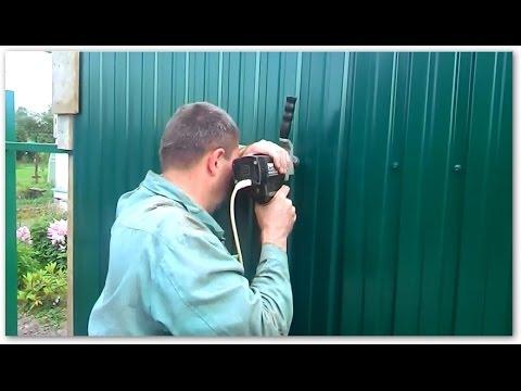Как крепить профлист на забор саморезами