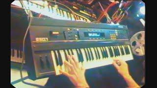 Ensoniq ESQ-1 - demo (2 of 2) syntezatory.net.pl
