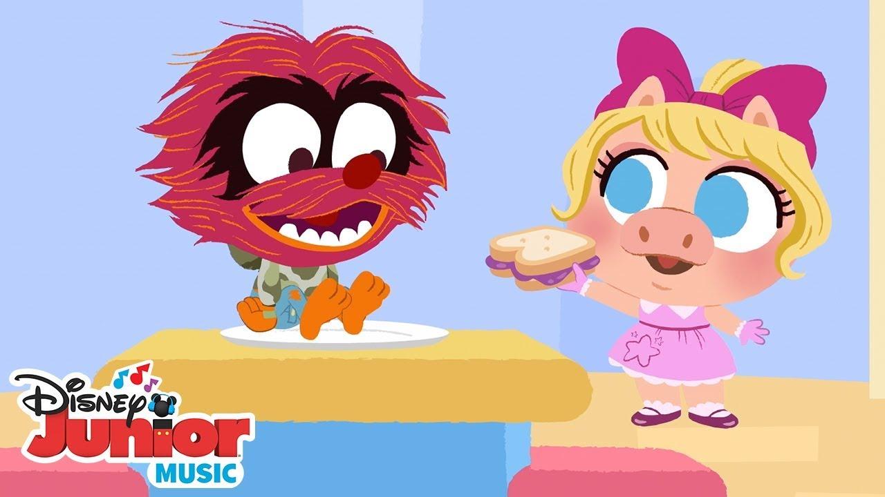 This Little Piggy 🐷 🎶 Disney Junior Music Nursery Rhymes