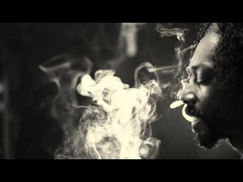 Snoop Dogg ft. The Dramatics - Ballin (HQ)