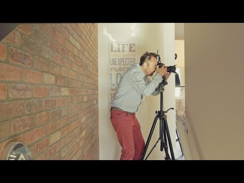 Architectural photographer behind the scenes - Vancouver BC