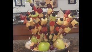تزيين طبق الفواكه على شكل باقة ورد