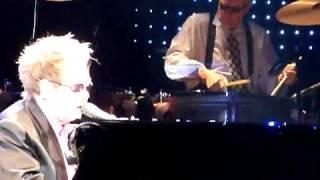 Elton John - Gone To Shiloh - Live in Hamburg, 07.12.10