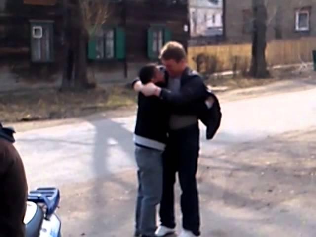 ЗАПЛЮВАЛ!)))