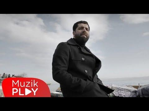 Can Yoldaş - Siyah Beyaz Düşler (Official Video)