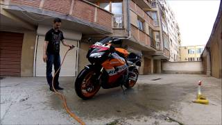 Guide on How to Wash Your Motorcycle / Motorbike