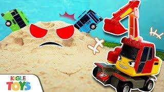 모래 유령이 나타났어요! | 장난감 중장비 포크레인 덤…