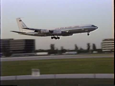 Lloyd Aereo Boliviano Boeing 707-323C Landing At MIA