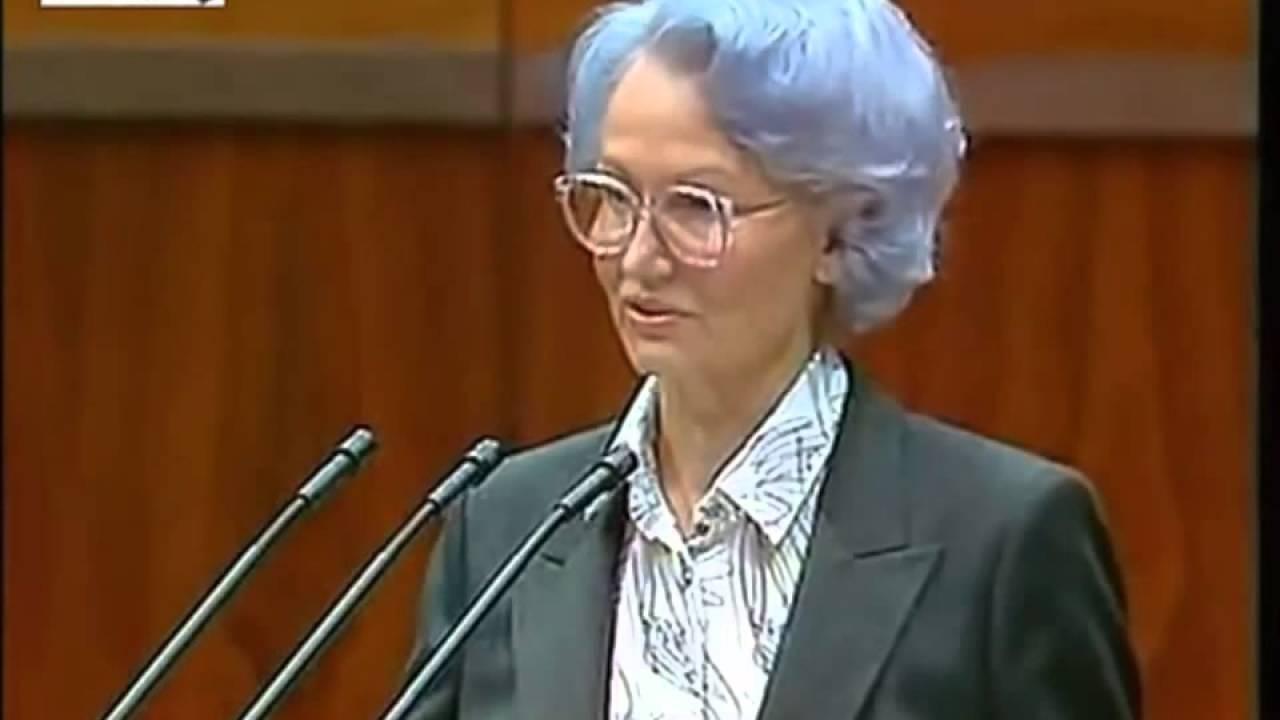 Honecker Frau
