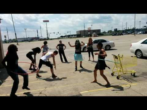 Chicago Outfit: Hula Hoops (2015)