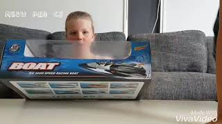 Unboxing - RC High Speed Racing Boat