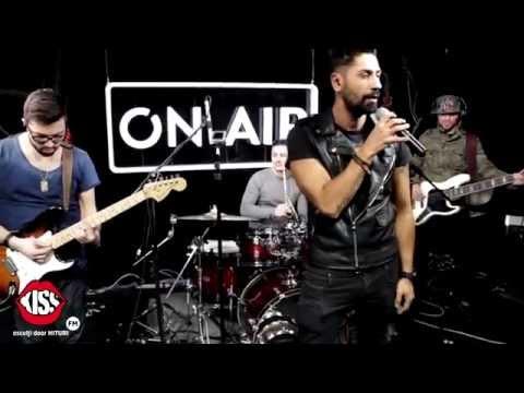 Connect-R - Rece ca Decembrie (live @ Kiss FM)