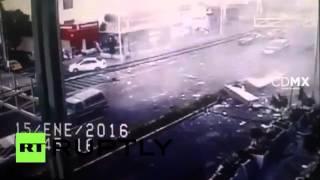 CCTV: Gas explosion devastates restaurant in Mexico City