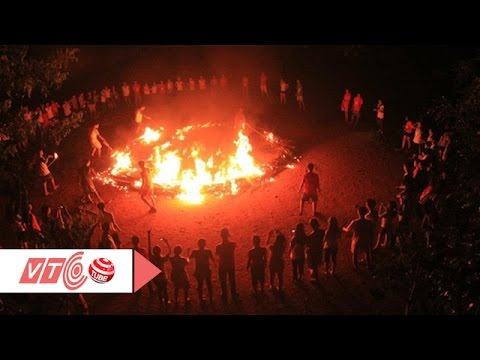 Đốt lửa trại 75 người nhập viện | VTC
