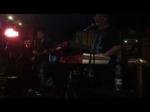 Mr. Blue Sky by ELO, sung by Crush at Harley's, Tenerife