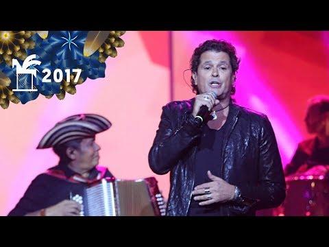 Carlos Vives canta