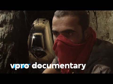 Between Egypt and Gaza - (VPRO documentary - 2011)