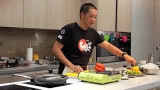 鐵人主廚示範.保證不失敗的乾煎雞胸肉料理