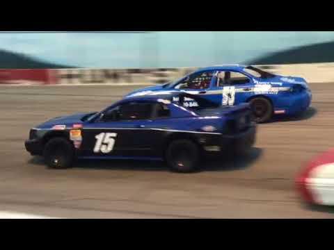 6-9-2018 Huntsville Speedway Hot Shot Race Start. Winner Jamie Bradford.