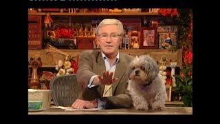 Paul O'Grady 'Postbag' (Monday 16 October 2006)