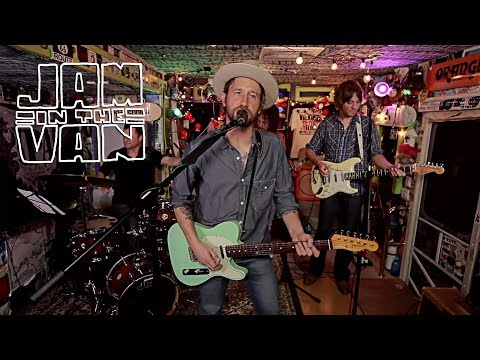 "CHRIS SHIFLETT - ""Good Night Little Rock"" (Live in at JITV HQ in Los Angeles, CA) #JAMINTTHEVAN"