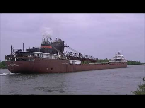 Freighters, Tugs, Barges & More in the Soo June 4, 2016