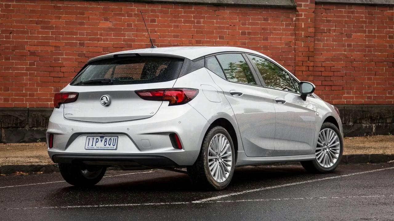 Holden Astra 2017 Specs