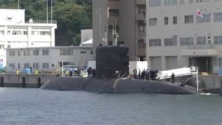 カナダ海軍潜水艦 シクティミ・米海軍ドック型揚陸艦 アシュランド...よこすか  2017.10.18