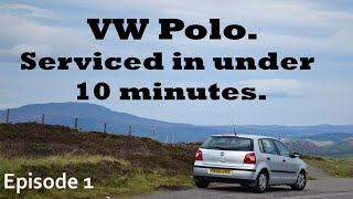 VW Polo 1.4 engine service, oil and filter change.
