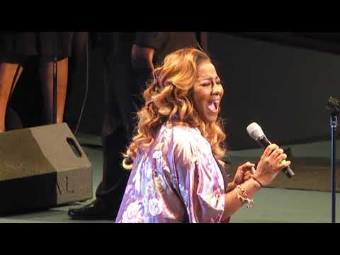 Le'Andria Johnson   A Tribute to A King 2018