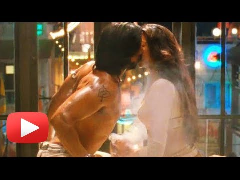 Ranveer Singh Reacts To His Kiss With Deepika Padukone In Ramleela Travel Video