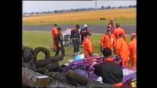 Ferrari Crash and TVRs Crash at Castlecombe