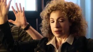 DoctorWho Confidential; The slap&Mrs. Robinson [S06E01]