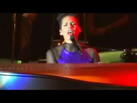 Alicia Keys DUET with Our Very own Asia's Songbird