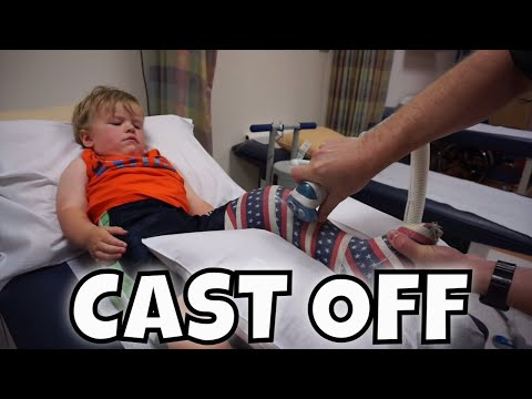 ANDREW GETS HIS CAST CUT OFF AT THE HOSPITAL: AIDAN'S 8th BIRTHDAY
